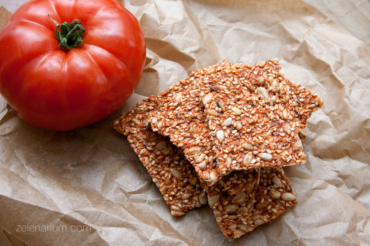 Krekeri-od-rajcice-i-suncokreta-01
