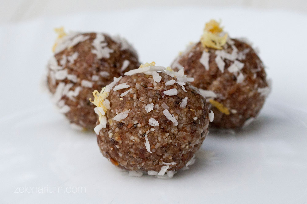 Sirove kuglice s lucumom_chiom_kokosom i limunom_4
